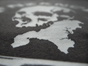 penzance cornwall kernow tee t shirt map skull crossbones pirate